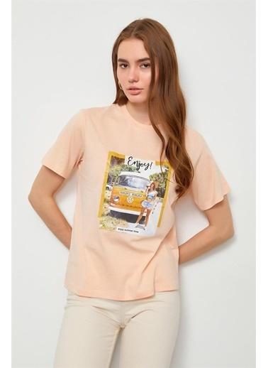 Setre Bej Baskılı Kısa Kol T-Shirt Renkli